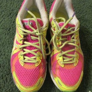 Pink Running Shoes Asics Solyte 65 Gel GT-2000